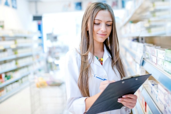 How to Prepare for Pharmacy School: A Step-by-Step Guide