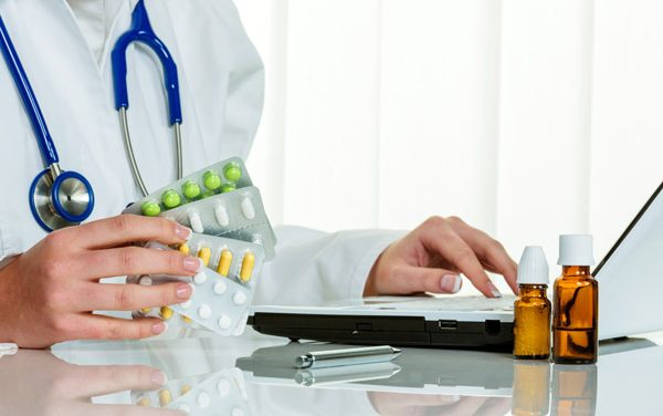 Pharmacy vs. Medicine?: Your Guide To  Answering The Daunting Question